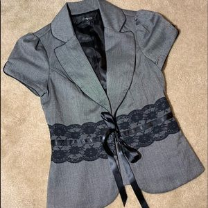 Adorable fitted dress jacket gray & black S